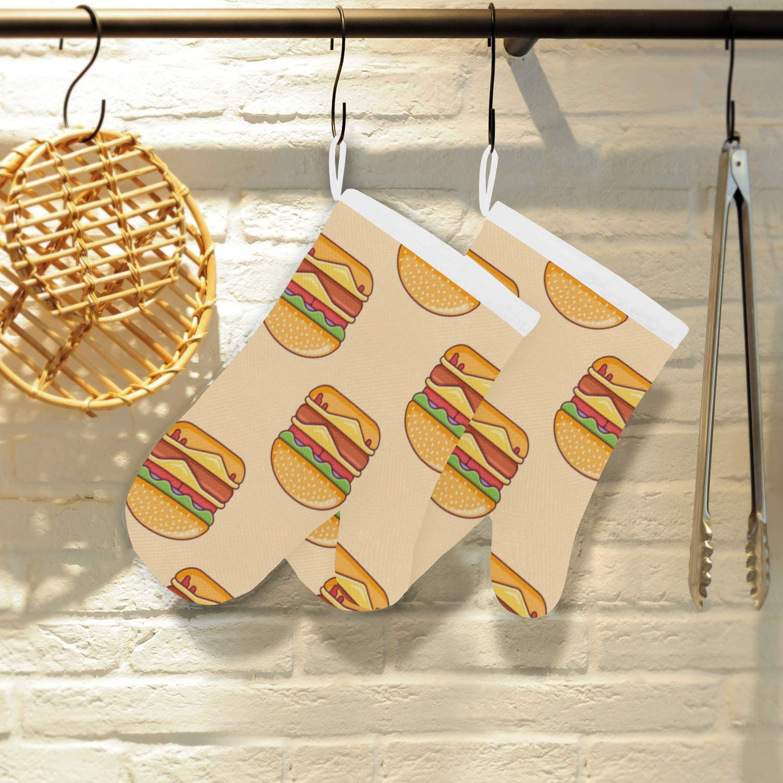 Burger Time Linen Oven Mitt (Two Pieces)